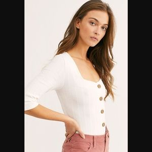 FREE PEOPLE BUTTON DOWN TOP IVORY